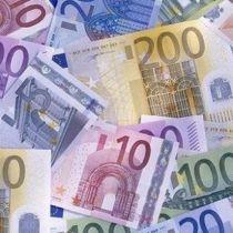 К закрытию межбанка евро подорожал