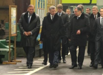 Вице-премьер-министр Юрий Бойко на харьковском Турбоатоме