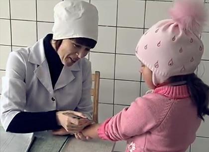В Харькове дефицит вакцин против кори, свинки и краснухи (ВИДЕО)