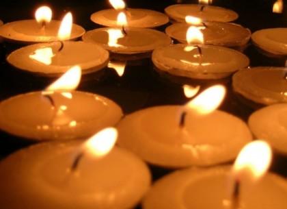 В понедельник в Харькове пройдет общегородская минута молчания по погибшим в теракте на Маршала Жукова