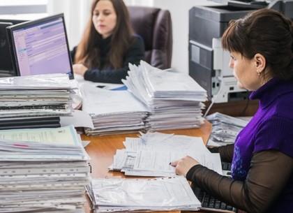 В Регистрационной службе беспокоятся, что неактивность предпринимателей создаст огромные очереди в сентябре