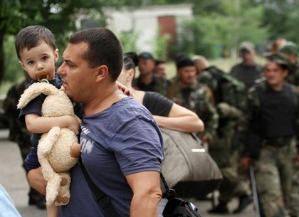 Харьковчане могут помочь деньгами переселенцам с Донбасса