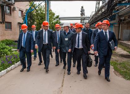 Владимир Гройсман инспектировал Шебелинское месторождение газа