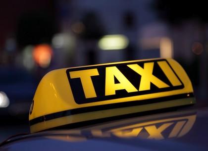 Как приятель журналиста ночью такси вызывал