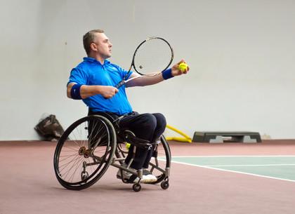В Харькове открылся международный турнир среди теннисистов-колясочников