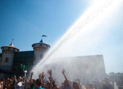 Никто не уйдет сухим: парк Горького приглашает на Экватор лета