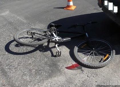 В Харькове «ВАЗ» сбил велосипедиста