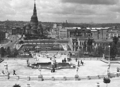 В парке Горького покажут выставку с уникальными фото военного Харькова и современной Слобожанщины