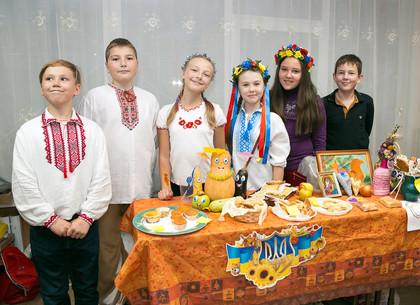 В школах Харькова проходит «Осенняя ярмарка»