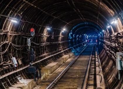 Кабмин одобрил привлечение займов на строительство метро в Харькове