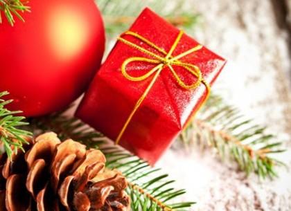 Геннадий Кернес поздравляет харьковчан с Новым годом и Рождеством