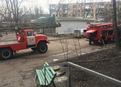 Соседи вынесли из горящей квартиры трех малолетних детей (ФОТО)