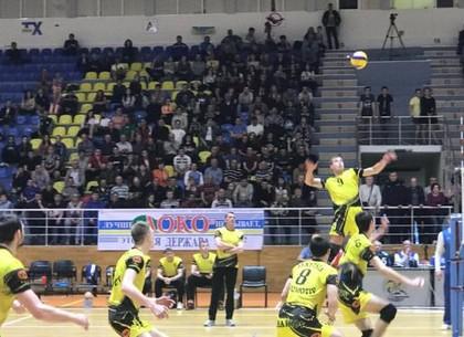 Харьковский «Локомотив» стал вице-чемпионом Украины по волейболу