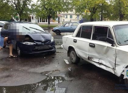 ДТП на Салтовке: «копейка» не пропустила Ford