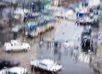 В пятницу в Харькове возможны ливни и град со шквалами