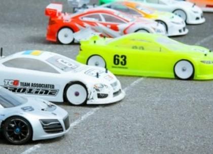 В Харькове стартуют открытые соревнования по автомодельному спорту