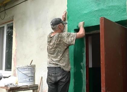 Коммунальщики комплексно подходят к ремонту старого жилого фонда