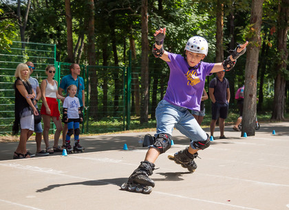 В парке Горького соревновались юные роллеры
