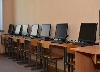 Отмена домашних заданий, интерактивные доски и гимнастика для глаз: что ждет школы по новым санитарным нормам