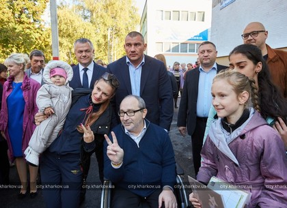 Геннадий Кернес открыл детский сад № 126 в Московском районе