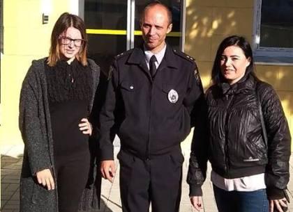 15-летнюю пропавшую девушку полицейские вернули домой