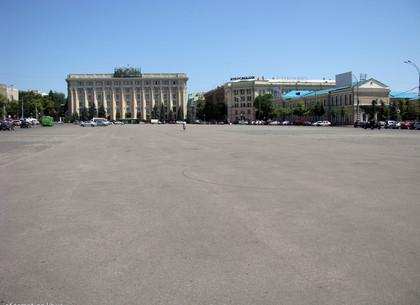 На площади Свободы полностью запрещено движение