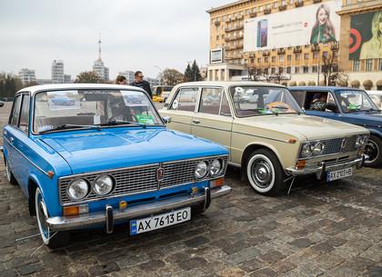 Выставка ретроавтомобилей в Харькове