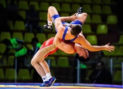 Харьковские борцы привезли серебро и бронзу Кубка Украины