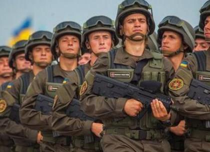 Геннадий Кернес поздравляет военнослужащих с Днем Вооруженных Сил Украины