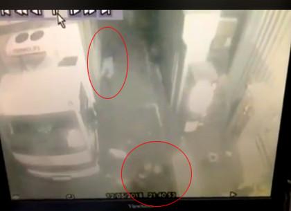 Появилось ВИДЕО стрельбы в Росте на Киевской