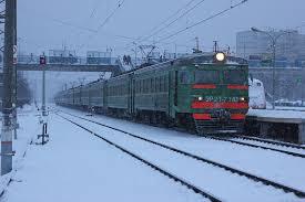 На Харьковщине поезд сбил женщину