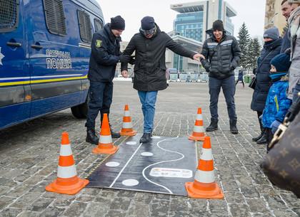 Рождественская акция полиции на площади Свободы