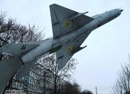 Чугуевские лётчики и харьковские военврачи ожидают существенного увеличения зарплаты с февраля