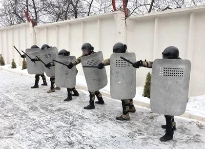 Хролевской спецназ проверил силу ударов (ФОТО)