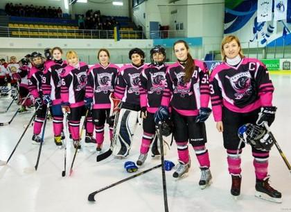 Хоккей. В национальную сборную вошли семь харьковчанок