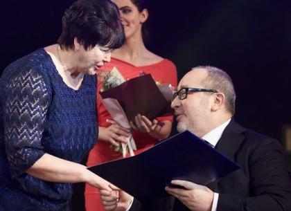 Геннадий Кернес вручил государственные награды