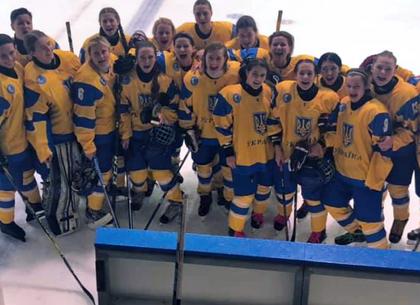 Хоккей. Женская сборная, основа которой - харьковчанки - в финальной части чемпионата мира