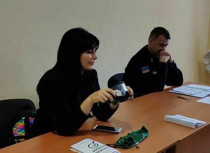 Харьковские патрульные провели с военными летчиками занятия по вождению в «алкоочках» (ФОТО)