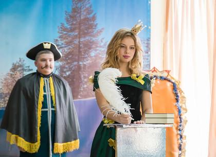 Детский театр школы №127 открыл свой 19 театральный сезон