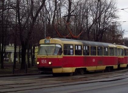 Трамваи №16, 16А, 26 и 27 временно изменят маршруты движения