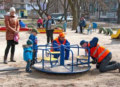 Городской голова Харькова Геннадий Кернес поздравил коммунальщиков с профессиональным праздником
