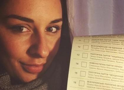 Выборы: селфи в кабинке может стоит трех лет тюрьмы