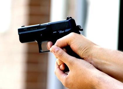 В центре Харькова неизвестный открыл стрельбу из травматического оружия (ФОТО, ВИДЕО, Обновлено)