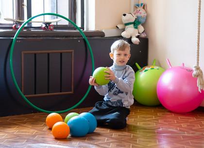 Харьков приобщился к распространению информации об аутизме