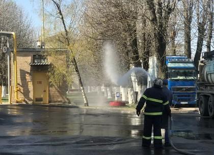Зачем пожарные приехали на Бисквитку (ФОТО)