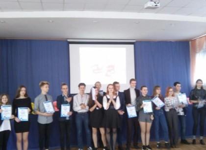 Харьковские школьники завоевали дипломы на турнире юных журналистов