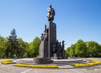 День памятников: события 18 апреля