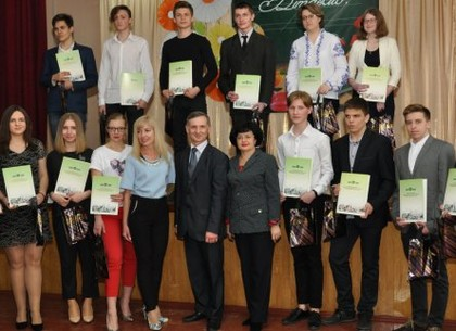 Награждены победители конкурса «Ученик года-2019» Киевского района