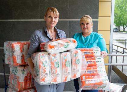 Харьков получил благотворительную помощь для новорожденных (ФОТО)