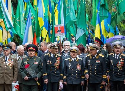 Геннадий Кернес о Дне Победы: Не судите ветеранов